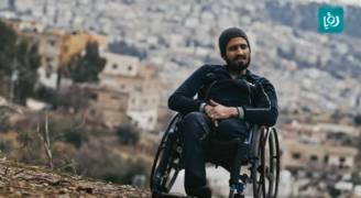 محمود الفالوجي يتحدى الإعاقة بمهنة 'الميكانيك' ضمن إرادة من حديد .. فيديو