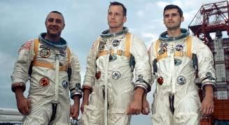 ترامب يطلب إرسال رواد فضاء على أول رحلة لصاروخ جديد