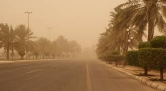 الأحد: رياح نشطة وغبار نهاراً وأمطار متوقعة ليلاً