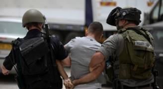 الاحتلال يعتقل 16 فلسطينيا بينهم نائب بالمجلس التشريعي