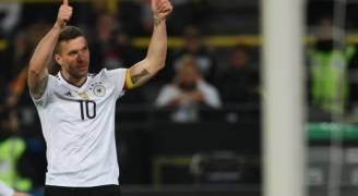 بودولسكي يقود ألمانيا للفوز على إنجلترا في مباراته الأخيرة
