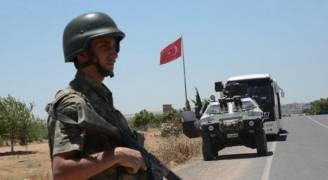 مقتل جندي تركي وإصابة أربعة في اشتباكات مع مسلحين أكراد