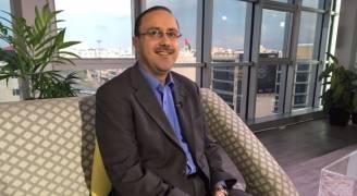 المومني يوضح حقيقة إعلان عطلة رسمية يوم انعقاد القمة .. فيديو