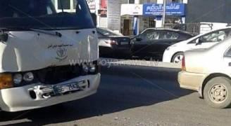 7 إصابات بحادث تصادم بين حافلتين على طريق اربد - الحصن.. صور