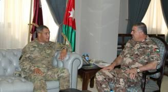 رئيس هيئة الأركان المشتركة يستقبل قائد القوات البرية المركزية الأمريكية