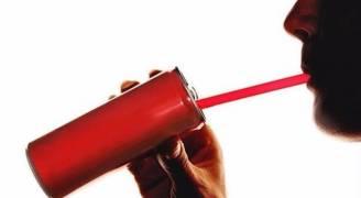 عبوة من المشروبات الغازية يوميًا تسرّع شيخوخة الدماغ