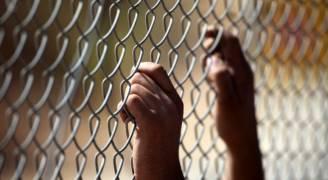 الأسرى الفلسطينيون يواصلون لليوم التاسع إضرابهم عن الطعام