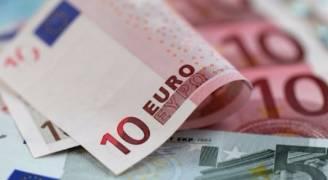 اليورو صوب أعلى مستوى