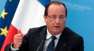 الرئيس الفرنسي يحذر من الافراط في الثقة بمواجهة لوبن