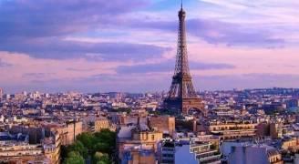 باريس تحذر من العجز في موازنة البلاد