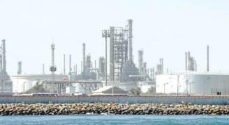 الكويت تقول ان الالتزام باتفاق خفض انتاج النفط بلغ مستوى قياسيا