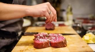 الولايات المتحدة توقف استيراد لحم البقر البرازيلي