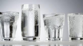 ٩ معلومات لابد من معرفتها حول منافع المياه الغازية