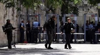 شرطة الاحتلال تعلن الإبقاء على كاشفات المعادن في الأقصى