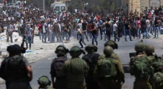 عشرات الاصابات بمواجهات مع الاحتلال في كوبر قرب رام الله