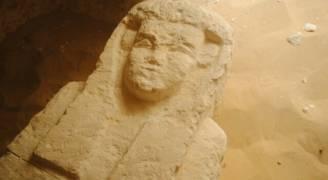 اكتشاف ثلاث مقابر تعود للعصر البطلمي في مصر
