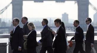 انخفاض معدل البطالة في بريطانيا لأدنى مستوى منذ ١٩٧٥