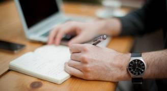 ٦ فوائد ذهبية للكتابة باليد
