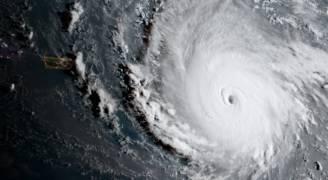 اعصار 'إيرما' يصل الدرجة الخامسة المدمرة
