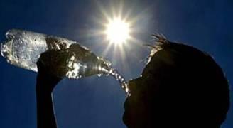 الأحد: أجواء حارة وتحذير من التعرض المباشر والطويل لأشعة الشمس..فيديو