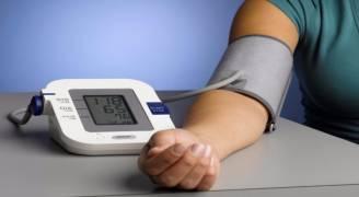 جهاز قياس ضغط الدم رفيق ضروري للمريض