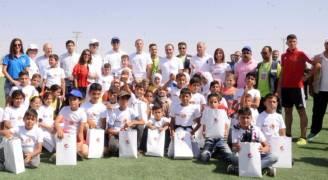 الأمير علي يفتتح ملعب 'كرة القدم للجميع' بمخيم الزعتري