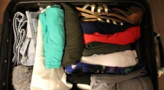 كيف تختار الملابس المناسبة للسفر جواً؟
