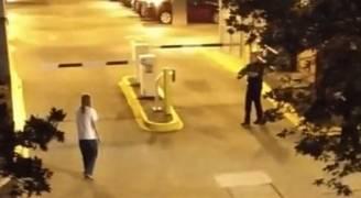 بالفيديو .. الشرطة الأمريكية تقتل طالباً في جامعة جورجيا!
