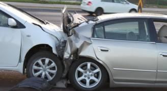 ٥ إصابات بحادث تصادم في المفرق