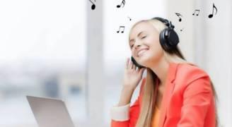 كيف تؤثر الموسيقى المبهجة على إنتاج أفكار مبتكرة؟