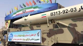 إيران تكشف عن صاروخ باليستي جديد يبلغ مداه ٢٠٠٠ كم