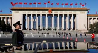 الصين تحقق مع ٧٠ ألف مسؤول متهم بالفساد