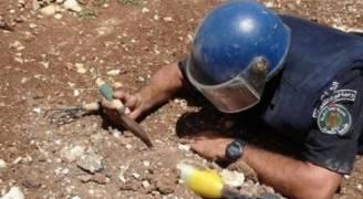 شرطة نابلس تتلف قذيفة مدفعية خطيرة