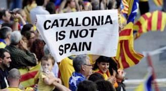 اسبانيا تعلن المضي قدما باجراء تعليق الحكم الذاتي في كاتالونيا