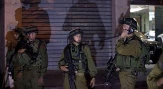 الاحتلال يعتقل ٤ شبان بدعوى محاولتهم التسلل لمستوطنة