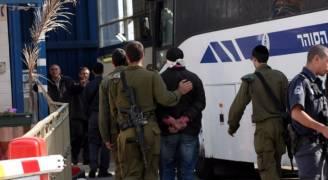 الاحتلال يحكم على مقدسيين بالسجن ويمدد توقيف آخرين