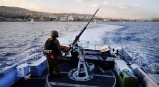 الاحتلال يستهدف الصيادين قبالة سواحل غزة