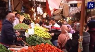 شكاوى من عدم التزام البائعين في الأسواق المحلية بالأسعار المعلنة للسلع  ..فيديو