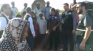 وفد حملة إغاثة الروهينغا يصل كبرى مخيماتهم في بنغلادش