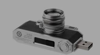 'كانون' تطلق وحدة تخزين فلاشية على شكل كاميرا