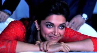 ١.٥ مليون دولار مكافأة لمن يقتل ممثلة هندية