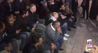 اصابة ٢٦ مواطنا واعتقال ٧ خلال قمع اعتصام باب العمود