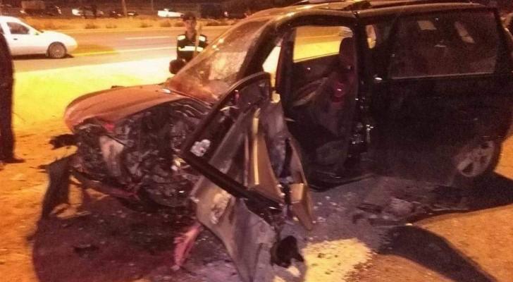 وفيات وإصابات بتصادم مركبتين قرب جسر مادبا .. صور