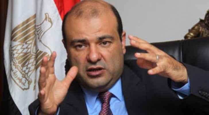 مصر تجري تعديلا وزاريا بعد استقالة وزير التموين