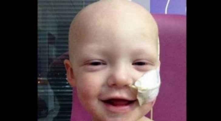الطفل كيان المصاب بالسرطان
