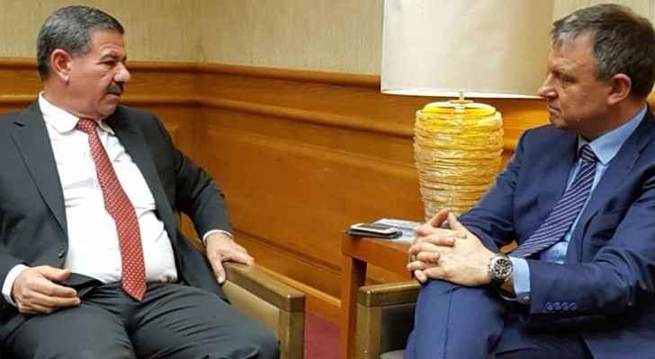 """لقاء عضو """" الكنيست """" الإسرائيلي أريئيل مرغليت بأمين عام سلطة وادي الأردن المهندس سعد ابو حمور"""