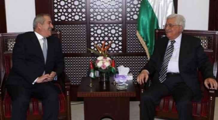 لقاء يجمع الرئيس الفلسطيني والوزير ناصر جوده - أرشيفية