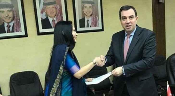 منحة نقدية هندية للأردن بقيمة مليوني دولار