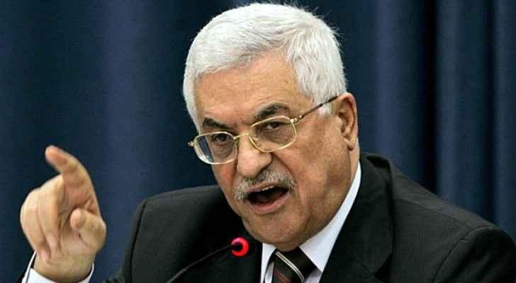 محمود عباس يصف مؤتمر باريس بالفرصة الدولية لحل القضية الفلسطينية
