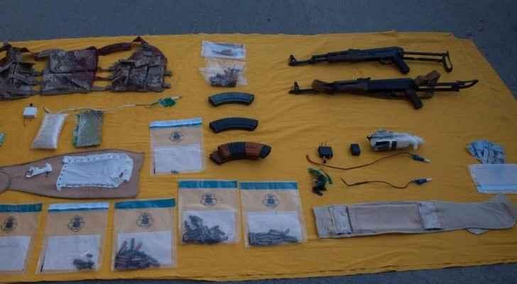 بعض الأسلحة التي تم مصادرتها من الإرهابيين